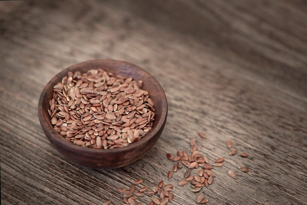 Flax seeds support the follicular phase.